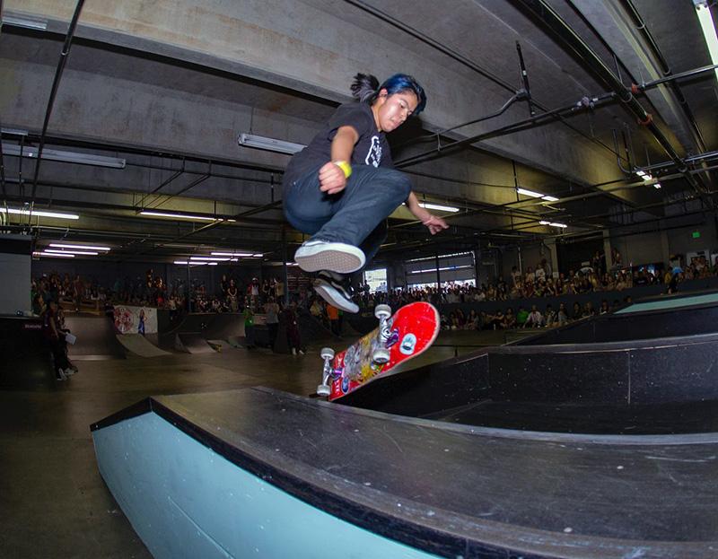 Itzel dándo todo durante #WOF9 en All Together Skatepark Fotogafía: Olga