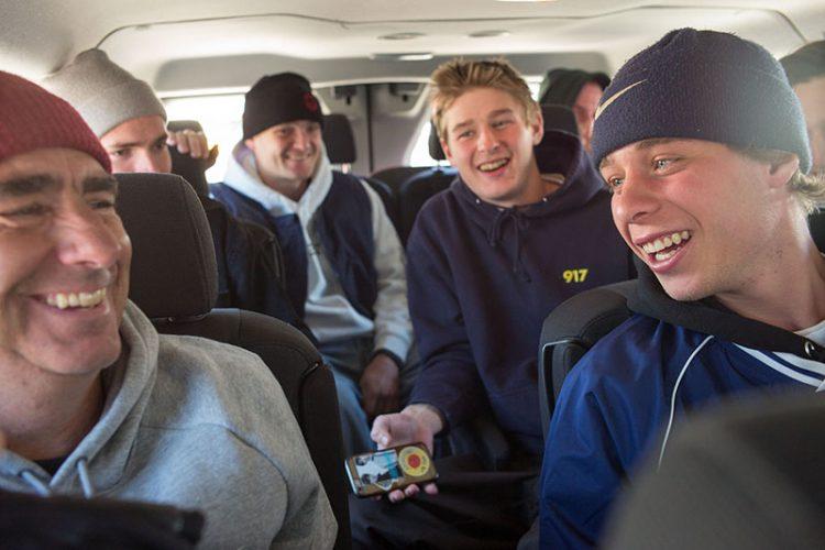 """""""Generaciones de patinadores en una furgoneta, viajando y riéndose de nuestra artesanía""""."""